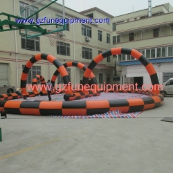 Inflatable race tracking